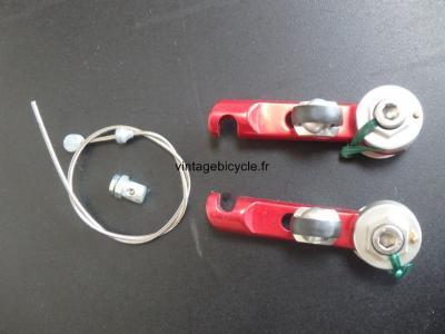 BICI Un Frein avant ou arriére Cantilever V-Brake. Aluminum anodisé rouge. NOS