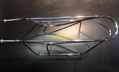Porte-bagage arrière surbaissé tubes acier chromés diamètre 8 mm fait main