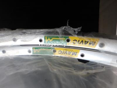 MAVIC MA2 40h silver Clincher rims 700c Vintage NOS / New set (2)