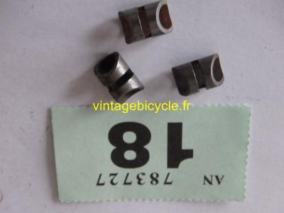 BRAKE CABLE GUIDE WITH 2 LOOPS (set of 3) for 6mm housing cable