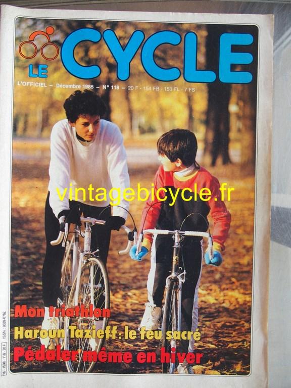 Vintage bicycle fr l officiel du cycle 55 copier