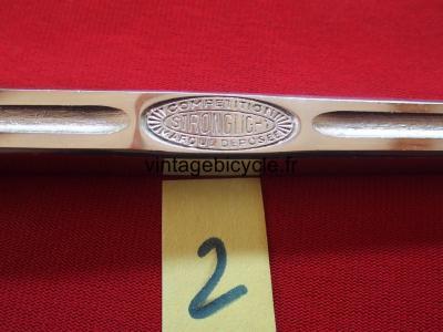 STRONGLIGHT Very rare left crank 170mm steel. NOS