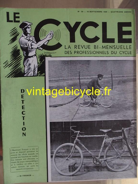 Vintage bicycle le cycle 76 copier