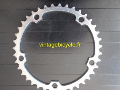 CAMPAGNOLO 39t RECORD 8-9speed 135BCD chainring.