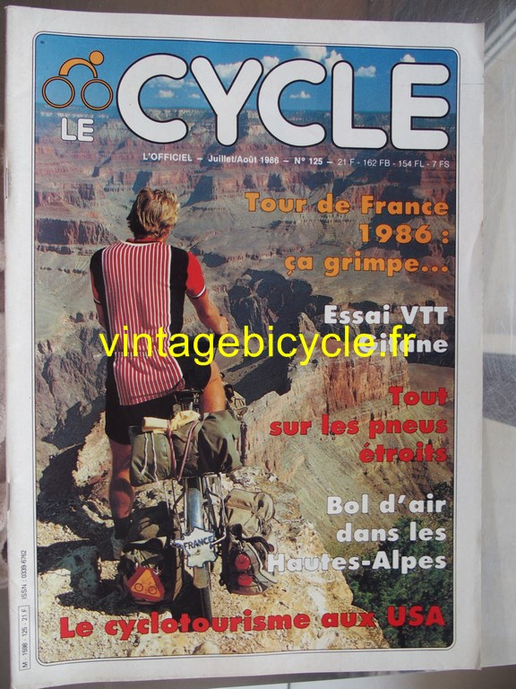 Vintage bicycle fr l officiel du cycle 50 copier