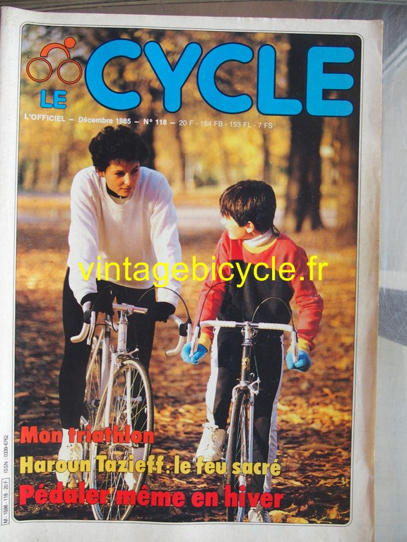 Vintage bicycle fr l officiel du cycle 55 copier