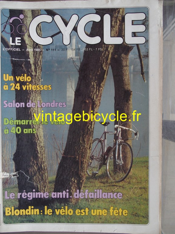 Vintage bicycle fr l officiel du cycle 61 copier