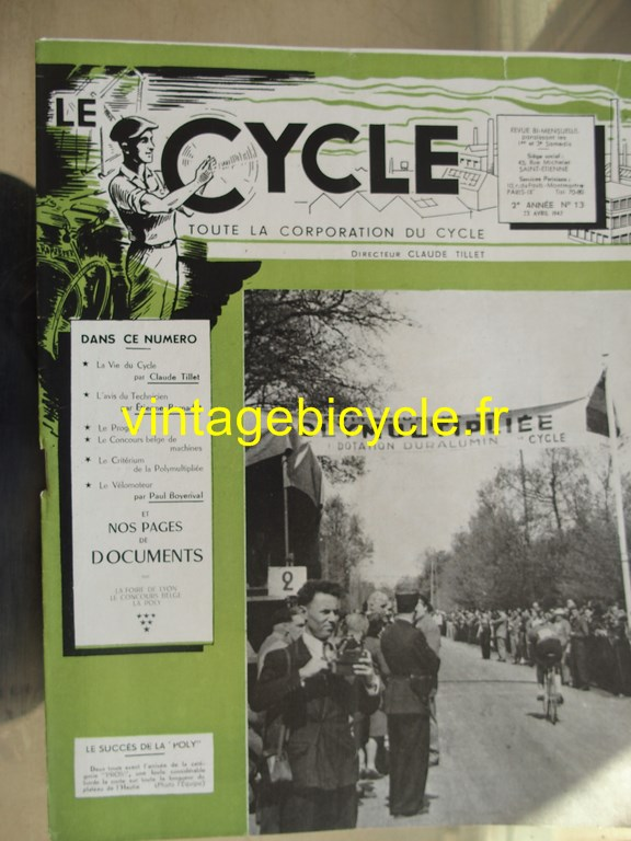 Vintage bicycle le cycle 15 copier
