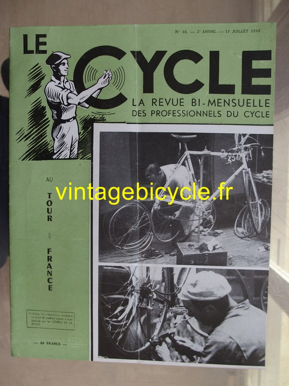 Vintage bicycle le cycle 51 copier