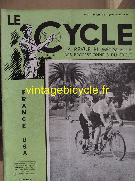 Vintage bicycle le cycle 72 copier